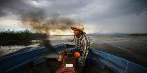 Beyşehir Gölü'ndeki balıkçıların emek dolu mücadelesi