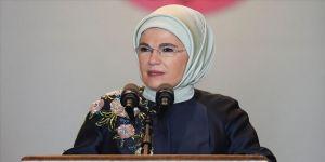 Emine Erdoğan'dan 'Muş Laleli' Malazgirt Zaferi kutlaması