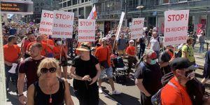 Almanya'da Kovid-19 önlemleri karşıtı protesto yasaklandı