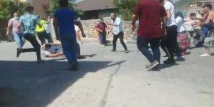 Dilovası'nda park kavgasında iki aileden çok sayıda kişi birbirine girdi