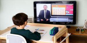 Milli Eğitim Bakanı Selçuk EBA canlı ders programını paylaştı