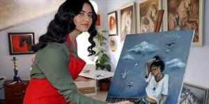 Üç yılda 7 resim sergisi açan 16 yaşındaki Asya'nın hedefleri büyük