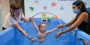 Down sendromlu çocukların su altı heyecanı
