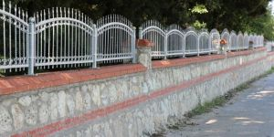 Mezarlıklarda çevre düzenlemesi yapılacak