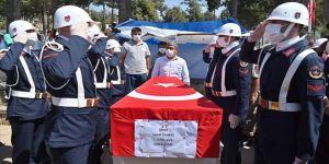 Giresun'daki selde şehit olan Uzman Çavuş Sami Yılmaz son yolculuğuna uğurlandı