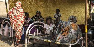 Sudan'daki Türk STK'ları selden etkilenenlere yardıma başladı