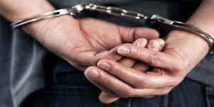Kocaeli'de hırsızlık suçundan aranan şahıs yakalandı