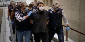 Bursa ve Mersin'deki DEAŞ operasyonunda yakalanan 5 zanlı adliyeye sevk edildi