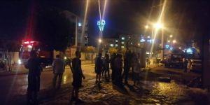Çayırova'da boş arazideüç araç yandı