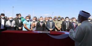 Şehit Teğmen Harun Aslan Ağrı'da son yolculuğuna uğurlandı