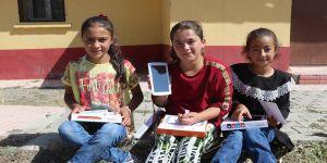 THY çalışanından köy okullarındaki çocuklar için tablet bilgisayar kampanyası