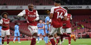 Londra derbisinde Arsenal, West Ham United'ı 2-1 yendi