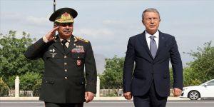 Milli Savunma Bakanı Akar: Sonuna kadar Azerbaycan Türkü kardeşlerimizin yanında olacağız