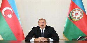 Aliyev: Uluslararası kuruluşlar, Paşinyan rejiminin yaptıklarını görmezden geliyor
