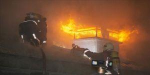 Başkentte Hacı Bayram Veli Camisi'nin avlusunda yangın çıktı