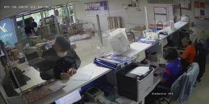 Dilovası'nda Sahte kimlikle kargo şirketinden başkalarına ait 25 bin TL'lik telefonları aldı