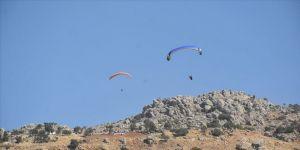 Şırnak'ta Türkiye Yamaç Paraşütü Hedef Şampiyonası'nın final heyecanı yaşanıyor