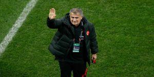 A Milli Futbol Takımı Teknik Direktörü Güneş: Umarım güzel oynayıp kazanırız