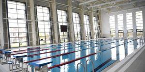 Olimpik Yüzme Havuzu'nda yüzmek isteyen gençlere davet