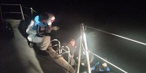 Muğla açıklarında mahsur kalan 14 sığınmacı kurtarıldı