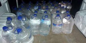 Adana'da kaçak 1360 litre etil alkol ile sahte 418 litre içki ele geçirildi