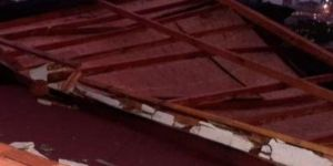 Dilovası'nda Rüzgar binanın duvarını yıktı, faciadan dönüldü