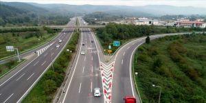 Anadolu Otoyolu Bolu Dağı Tüneli Ankara yönü küçük araçlara açıldı