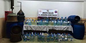 Amasya'da 4 bin 50 litre sahte içki ele geçirildi