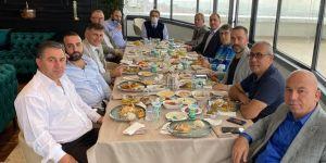 Gazeteciler Hakan Höbek'i Ziyaret Ettiler!