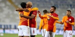 Galatasaray, Büyükşehir Belediye Erzurumspor'u deplasmanda 2-1 yendi