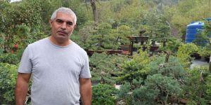 Bahçesinde sergilediği yüzlerce bonsai ile müze kurmayı hedefliyor