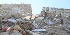 Büyükşehir'den İzmir deprem bölgesine yardım