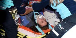Enkaz altında kalan Buse 9,5 saat sonra kurtarıldı