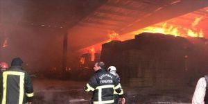 Şanlıurfa'da tekstil fabrikasında yangın çıktı