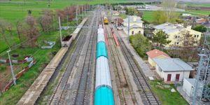 Yenilenen Samsun-Sivas Demir Yolu hattı uluslararası ticareti de canlandıracak
