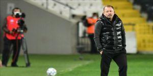 Beşiktaş Teknik Direktörü Sergen Yalçın: İsteksiz ve arzusuz bir oyun vardı