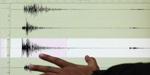 Ege Denizi'nde Aydın'ın Kuşadası ilçesi açıklarında 4,2 büyüklüğünde deprem meydana geldi.