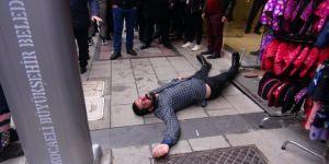Kocaeli'de kardeşler arasında alacak verecek kavgası ! 3 kişi yaralandı