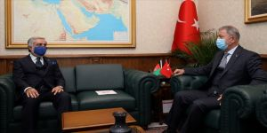 Bakan Akar Afganistan Milli Uzlaşı Yüksek Konseyi Başkanı Abdullah ile görüştü