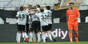 Beşiktaş, Medipol Başakşehir'i 3 golle geçti
