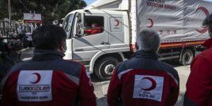 Türk Kızılay evlerine kavuşana kadar İzmirli depremzedelerin yanında olacak