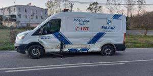 Mollafenari mevkiinde Palgaz ekip aracı ile başka bir araç çarpıştı.