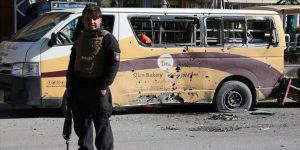 Afganistan'da iki ayrı saldırıda 4 kişi öldü, 7'si polis 13 kişi yaralandı