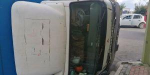 Darıca'da nakliye kamyonu ve otomobil çarpıştı
