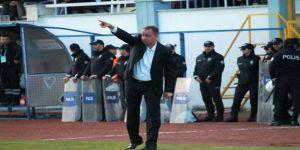 """Kocaelispor'da sular durulmuyor !  Üzülmez,""""Herkese iftira atıyor, yalan söylüyor"""""""