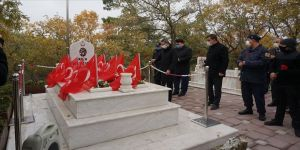 Çanakkale kahramanı Seyit Onbaşı vefatının 81. yılında kabri başında anıldı