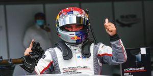 Milli otomobil yarışçısı Ayhancan Güven'den Bahreyn'de çifte zafer