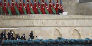 Azerbaycan Cumhurbaşkanı Aliyev: Vatan muhaberesinin ilk saatlerinden itibaren Türkiye'nin desteğini hissettik