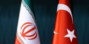 İran Meclisi Başkanlık Heyeti Sözcüsü Ferhengi: İran ve Türkiye bölgede çok güçlü komşulardır
