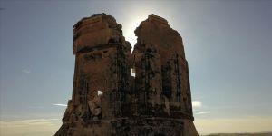 Depremde hasar gören 600 yıllık kümbet restore edilecek